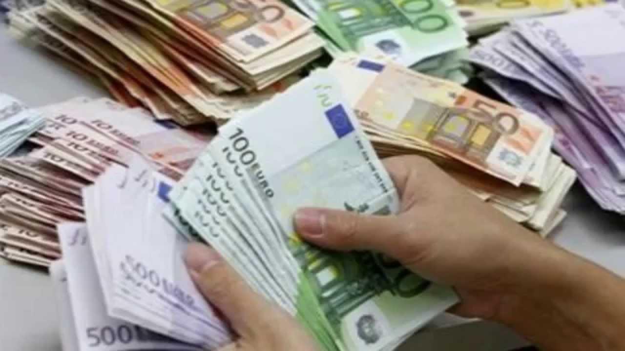 Comparateur tarif banque : gérez votre argent facilement !